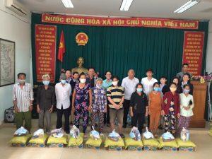 Châu Bảo Uyên tặng quà hộ nghèo , hộ cận nghèo, khó khăn các tỉnh Miền Tây tháng 09/2020